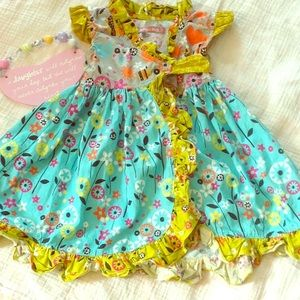 Jelly the Pug 2T Bees Misha Dress Excellent cond.